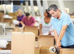 博壳松包装团队将帮助您选择并提供最具成本效益的材料。我们负责整个包装流程,包括包装指导,并确保货物运输安全。On-site Packing services by Boxon